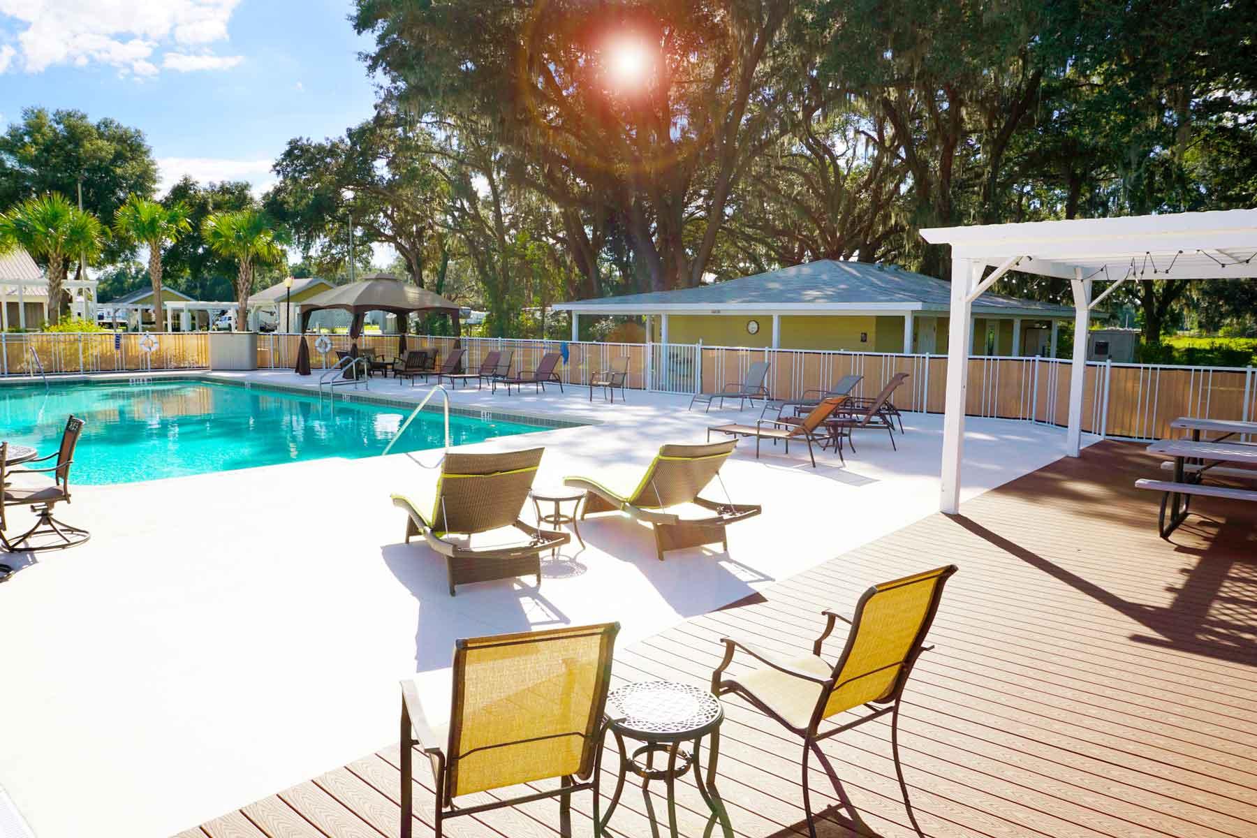 Paradise-Oaks-Florida