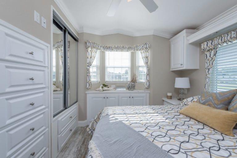 paradise-oaks-bedroom-2