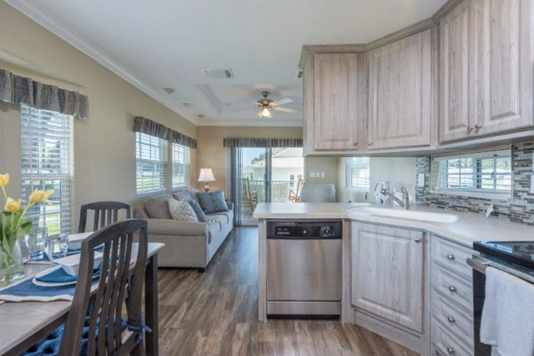 paradise-oaks-kitchen-5