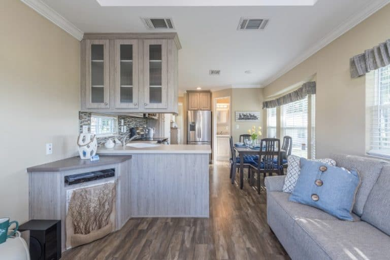 paradise-oaks-living-dining-kitchen-3